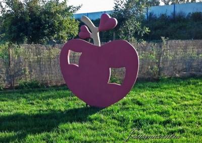Escultura Móvil Manzana Corazón2-Jesusmasantra